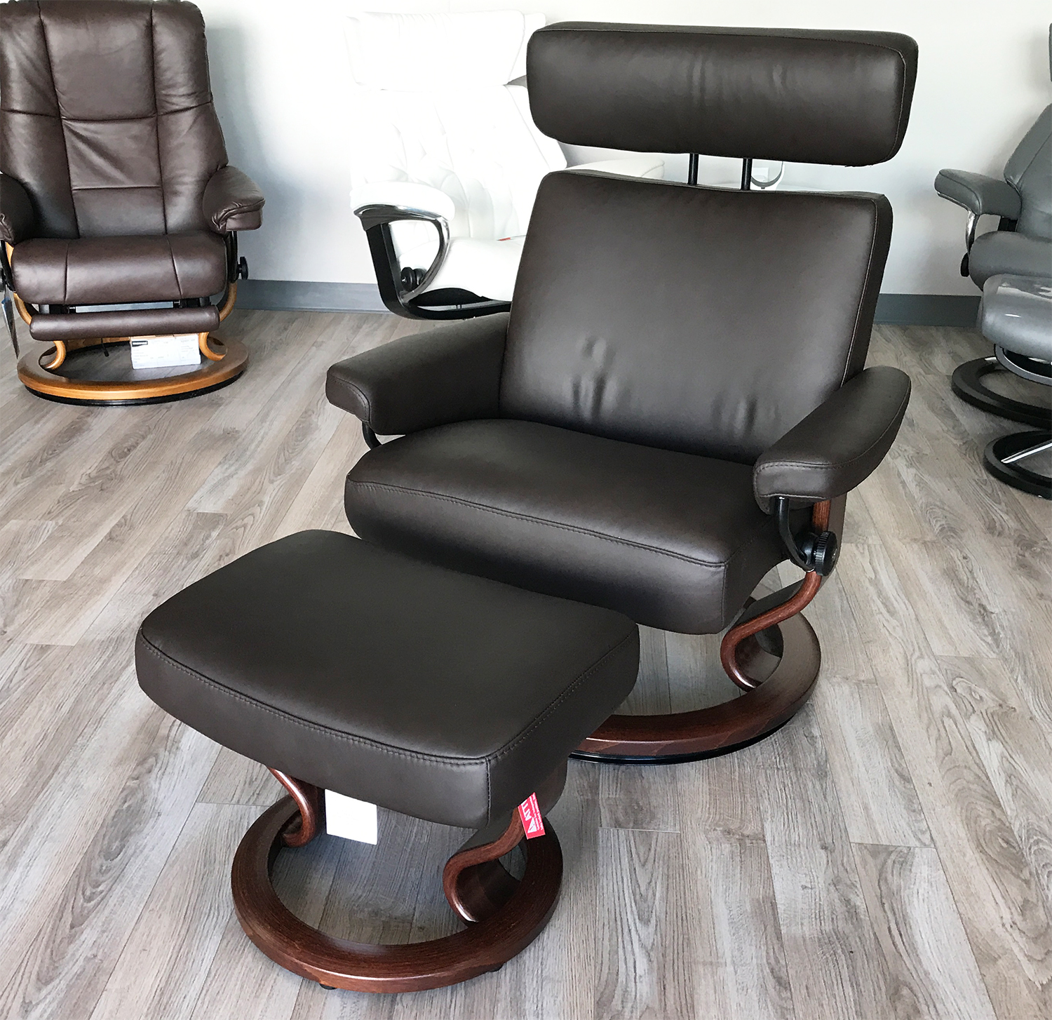 stressless large orion taurus paloma mocca leather recliner chair and ottoman by ekornes. Black Bedroom Furniture Sets. Home Design Ideas