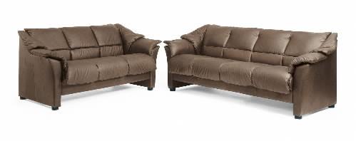 ekornes oslo leather ergonomic sofa couch loveseat and chair by ekornes ekornes oslo leather. Black Bedroom Furniture Sets. Home Design Ideas