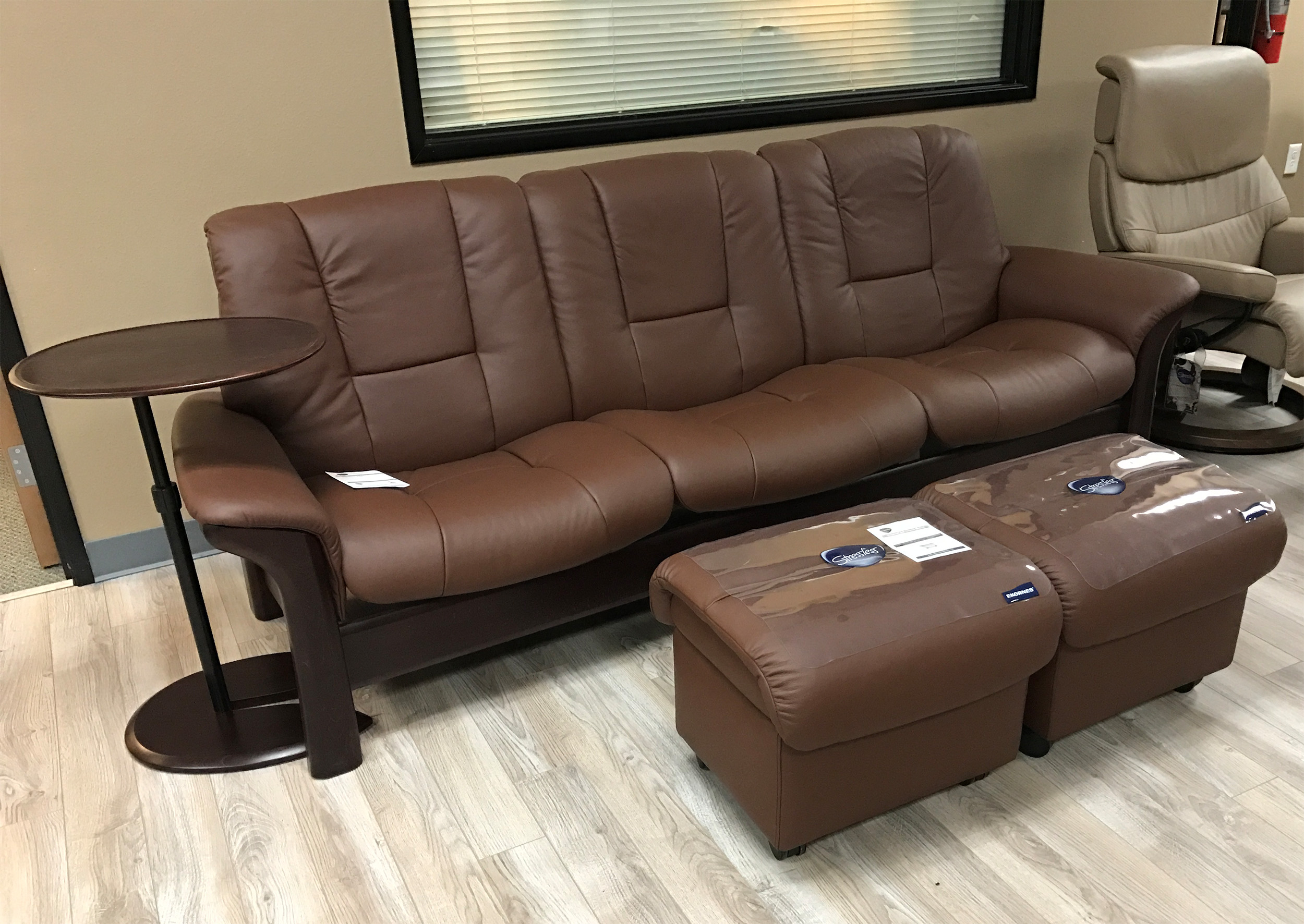 Strange Stressless Buckingham 3 Seat Low Back Sofa Paloma Brown Leather By Ekornes Gmtry Best Dining Table And Chair Ideas Images Gmtryco